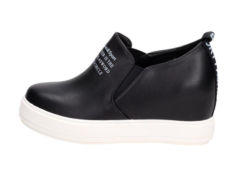 Wiosenne czarne sneakersy damskie VICES 11031