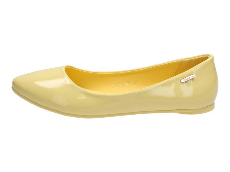 026ae5312bc41f Żółte baleriny lakierowane buty VICES 11037-26